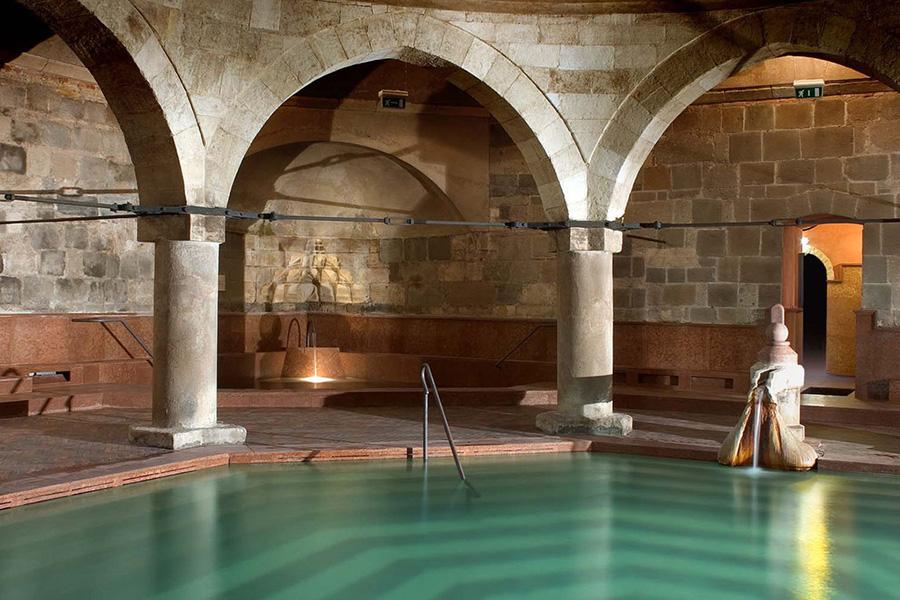 Ebben a 7 fürdőben megelevenedik a történelem